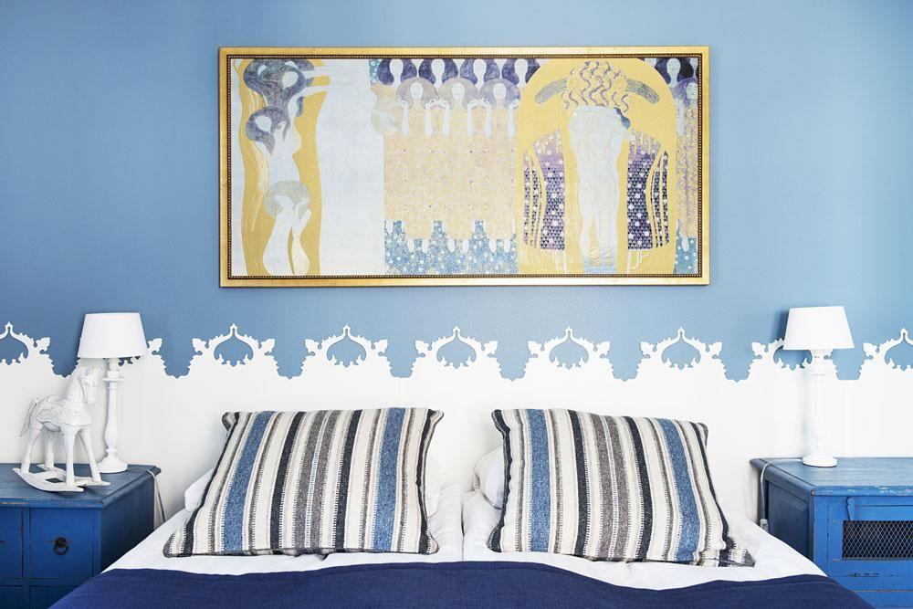 311 huone sininen